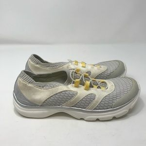Naturalizer Women's Sneakers Size 6 B109